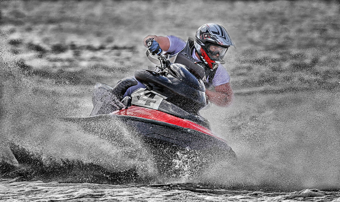 Wayne (Dave) Bedford 2016 Runabout 2 Stroke Champion